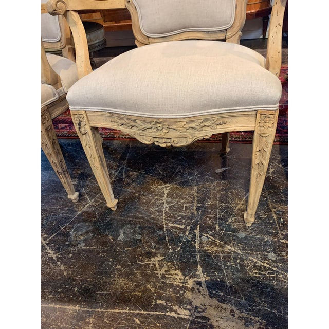 Set of 4 18th Century French Armchairs Made of Bleached Walnut For Sale In Dallas - Image 6 of 10