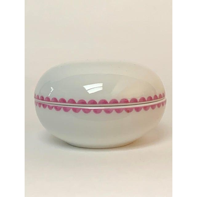Richard Ginori Italian Porcelain Trinket Box For Sale In New York - Image 6 of 6
