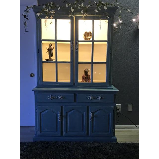 """Blue French Provincial """"Annabel"""" China Cabinet - Image 2 of 11"""