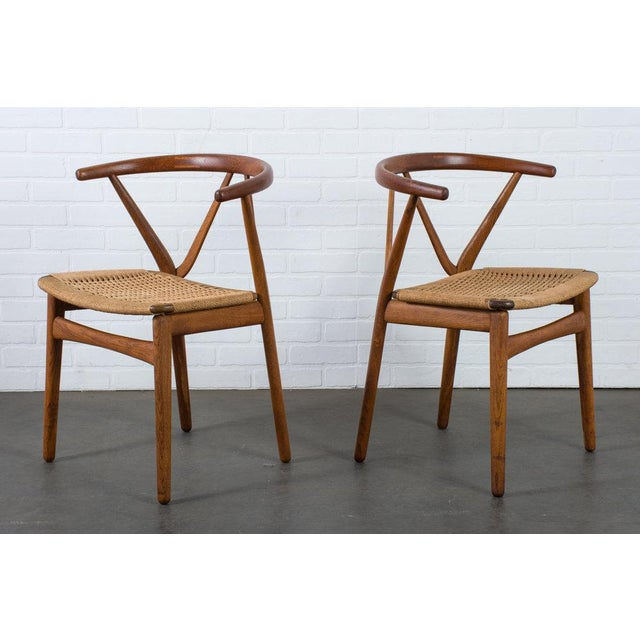 Bruno Hansen Henning Kjærnulf for Bruno Hansen Model 255 Teak Chairs - A Pair For Sale - Image 4 of 13