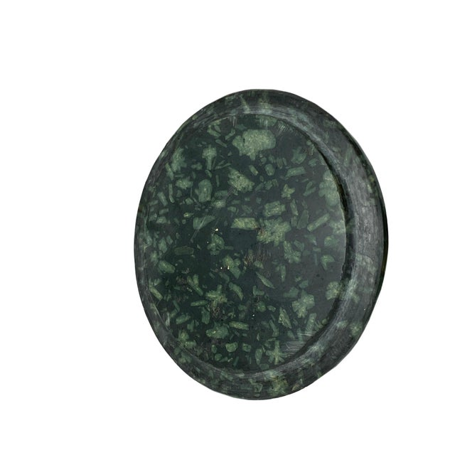 Green Early 18th Century Italian Porphyry Vases With Bronze Dore Mounts - a Pair For Sale - Image 8 of 13