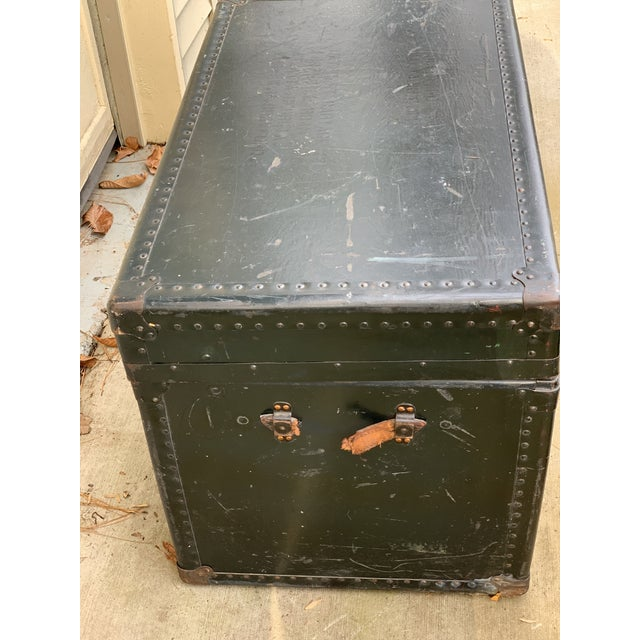 Illustration 1940s Traditional Leather Trunk For Sale - Image 3 of 5
