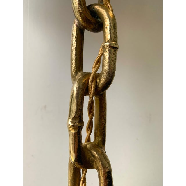 Hollywood Regency Pair of Brass Chain Lamps. Italy, 1990s For Sale - Image 3 of 10