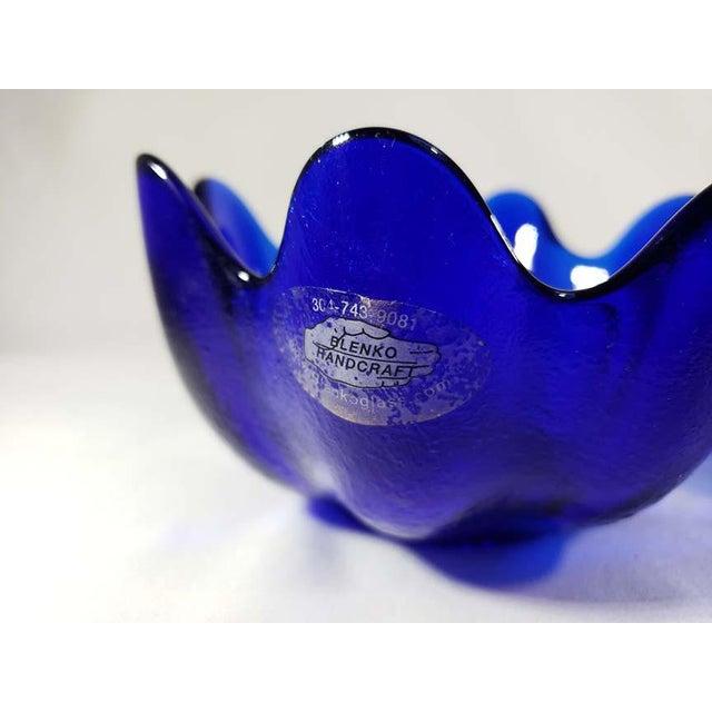 Art Deco Blenko Handcraft Cobalt Blue Glass Molded Floriform Bowls - Set of 4 For Sale - Image 3 of 5