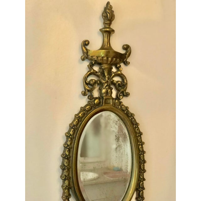 Hollywood Regency Vintage Brass Mirrored Wall Sconce For Sale - Image 3 of 10