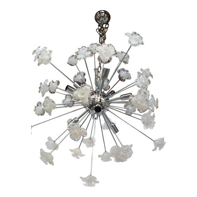 Chandelier Sputnik Murano Glass Flowers Murano White and Trasparent Flowers Murano White and Trasparent For Sale