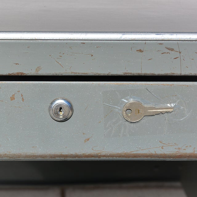 Metal 1930's Mid Century Modern Steel Tanker Desk For Sale - Image 7 of 13