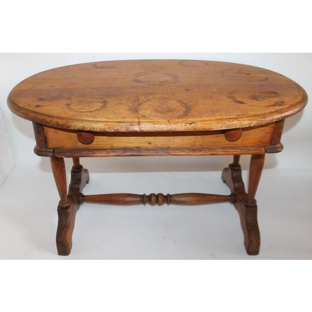 19th Century Pine Oval Coffee/Side Table For Sale - Image 4 of 9