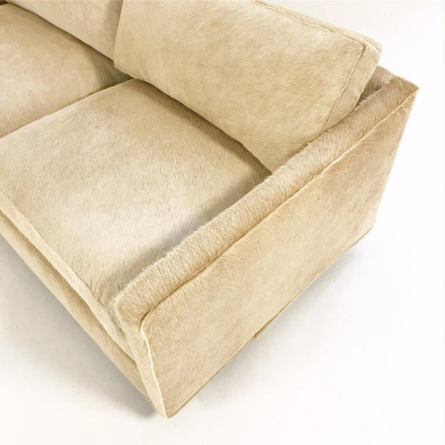 Milo Baughman for Thayer Coggin Forsyth One of a Kind Milo Baughman for Thayer Coggin Loveseat Sofa in Palomino Brazilian Cowhide For Sale - Image 4 of 9