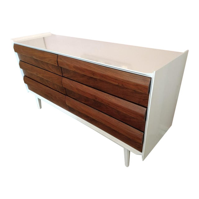 Lane Furniture, Restored Chest of Drawers/Console, Mid-Century For Sale