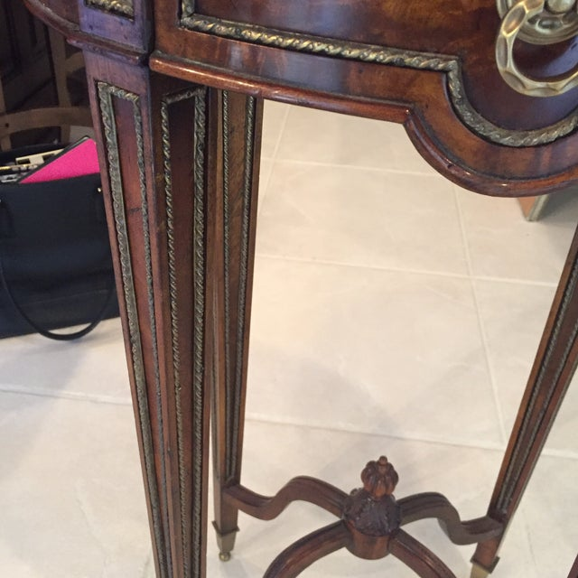 Theodore Alexander Mahogany & Brass Cerejeira Louis XVI Accent Lamp Table - Image 5 of 10