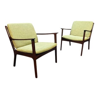 """Pair of Vintage Danish Mid Century Modern Mahogany Lounge Chair """"Pj112"""" by Ole Wanscher For Sale"""