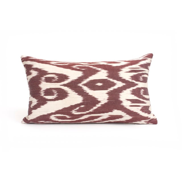 This graphic Silk Ikat kidney pillow is a perfect boho chic accent to any room. Newly fabricated - this pillow includes a...