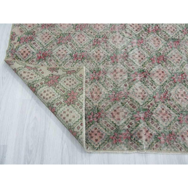 Vintage Turkish Art Deco Hand-Knotted Rug - 5′1″ × 7′11″ For Sale In Los Angeles - Image 6 of 6