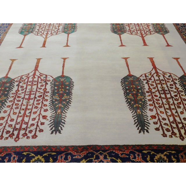 Offered is an Indian traditional rug. Origin: India Material: Fine wool Condition: Perfect Age: New