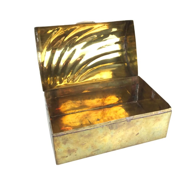 Vintage Mid-Century Solid Brass Treasure Chest With a Beautiful Shell / Wave Pattern on Top - Image 2 of 3