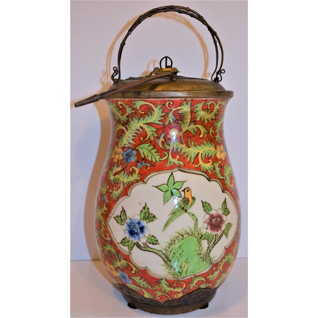 John-Richard Red Chinoiserie Porcelain and Brass Urn For Sale In Houston - Image 6 of 10