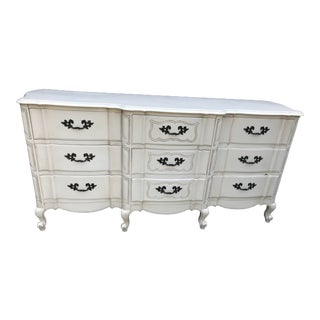 1960s French 9-Drawer Dresser For Sale
