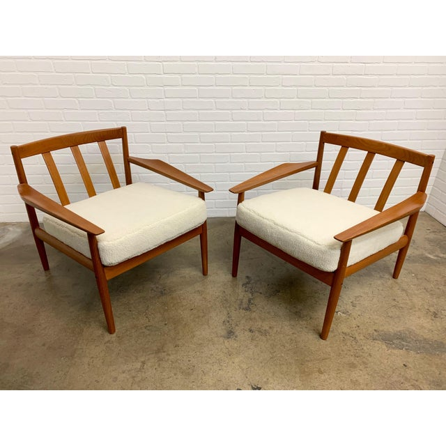 Off-white Arne Vodder Teddy Faux Fur Danish Modern Lounge Chairs - a Pair For Sale - Image 8 of 11