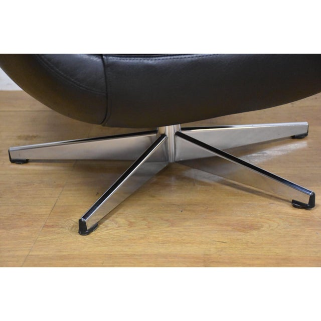 Silver Black & Chrome Mid Century Lounge Chair For Sale - Image 8 of 9