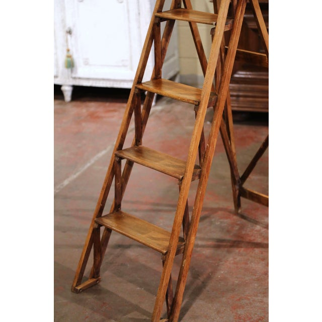 19th Century French Napoleon III Carved Walnut Folding Library Six-Step Ladder For Sale In Dallas - Image 6 of 11