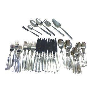 Mid-Century Modern South Seas Oneida Community Silverplate Set 9+ Flatwear - 59 Piece Set For Sale