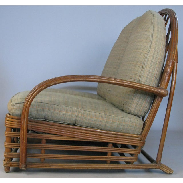 Heywood-Wakefield Antique 1940s Arch Top Rattan Settee by Heywood Wakefield For Sale - Image 4 of 8