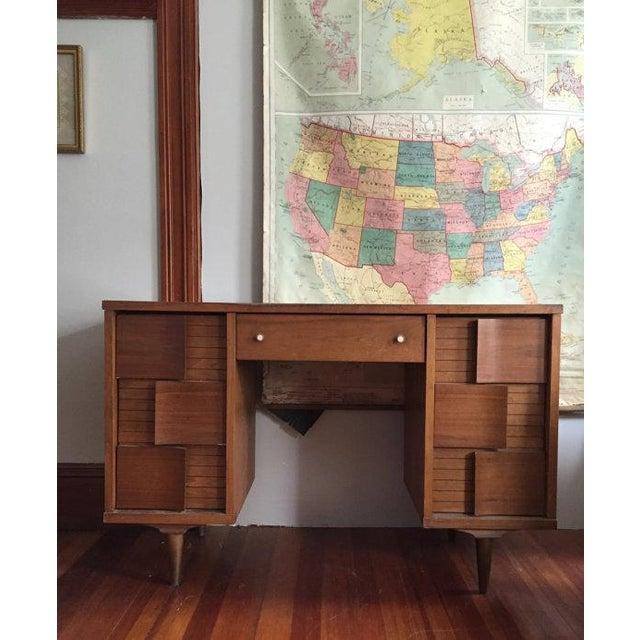 Mid Century Modern Johnson Carper Desk - Image 2 of 6