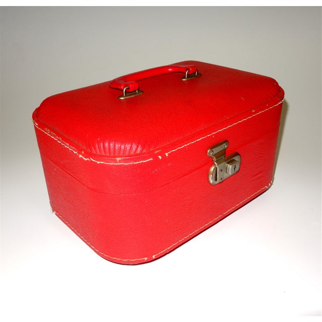Pair of Mid 20th Century Luggage Set For Sale - Image 4 of 13