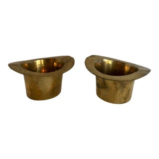 Vintage Pair of Brass Top Hat Ashtrays For Sale