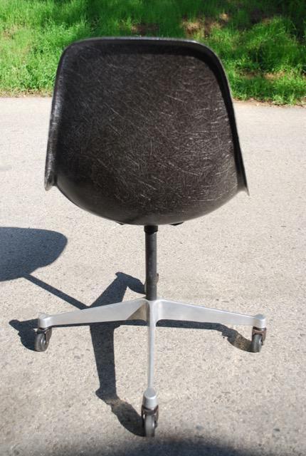 Vintage Eames Herman Miller Fiberglass Task Chair   Image 4 Of 8