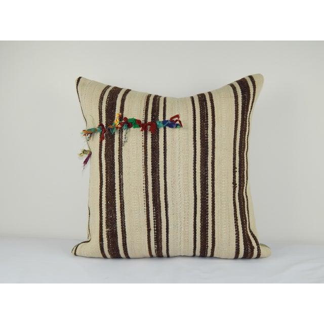 "1960s Vintage Turkish Hemp Kilim Pillow Cover 24"" X 24"" For Sale - Image 5 of 5"