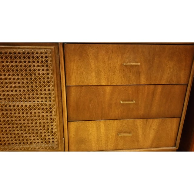 Mid-Century American of Martinsville Gentleman's Dresser - Image 4 of 8