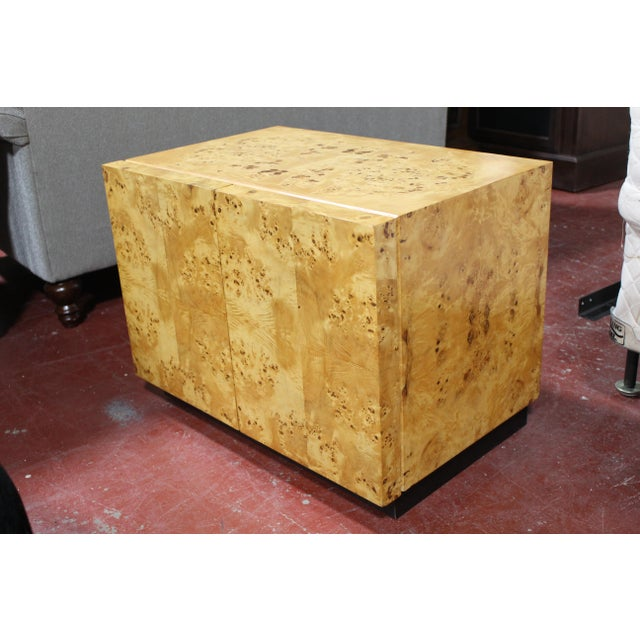 Mid-Century Modern 1970s Milo Baughman For Thayer Coggin Burl Wood Nightstand For Sale - Image 3 of 8