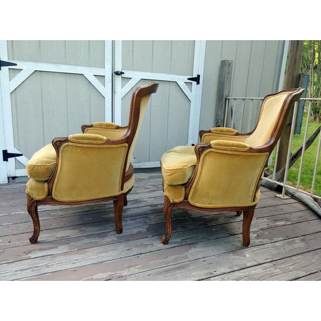 French Vintage Meyer Gunther Martini Louis XV Carved Hardwood Bergere French Chairs- a Pair For Sale - Image 3 of 13