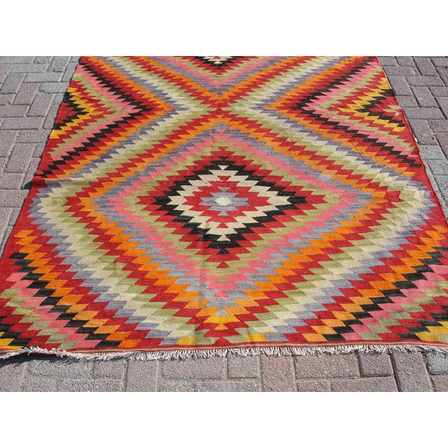 Vintage Turkish Kilim Rug - 5′5″ × 8′7″ For Sale - Image 10 of 11