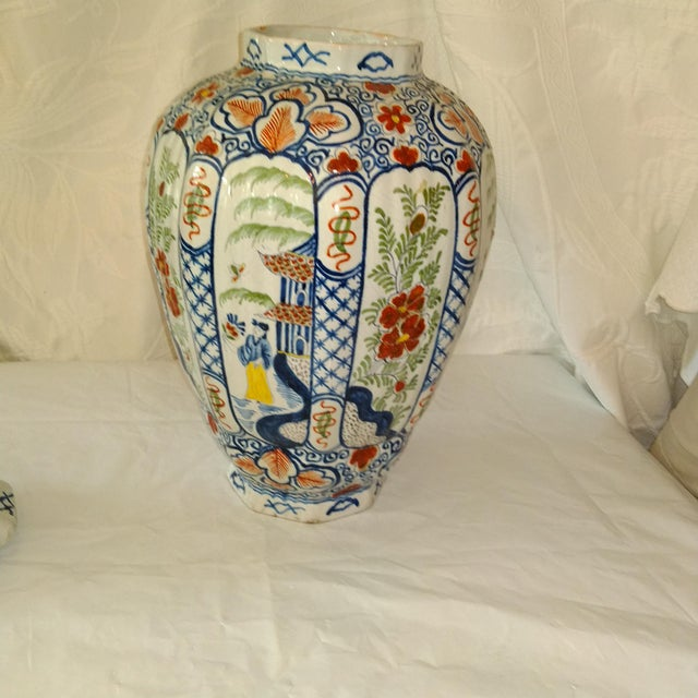 Fabulous 24-inch high Delft lidded jar. Stunning accessory. Perfect on an entry-way console.