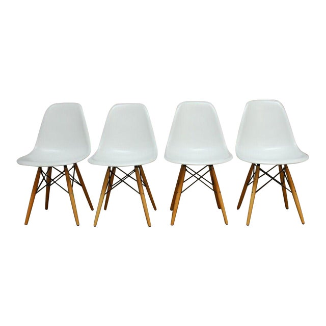 Set of Four Herman Miller Dsw Style Dining Chairs - Image 1 of 11