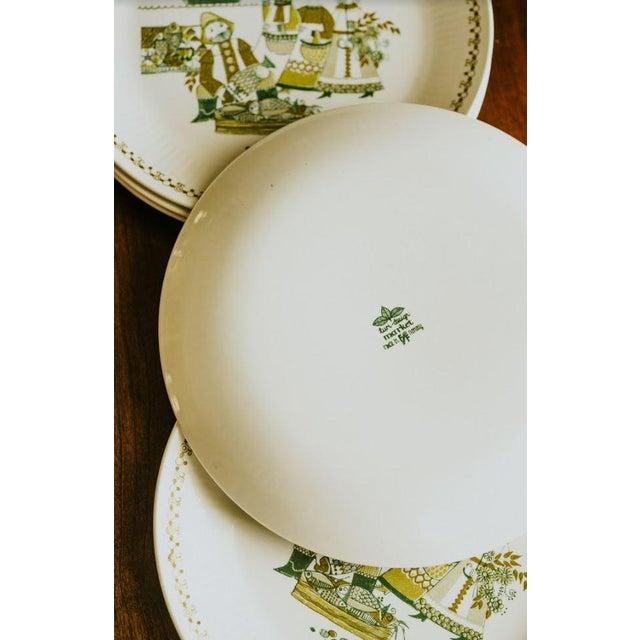 Turi-Design Norwegian Mid-Century Dinner Plates - Set of 8 For Sale - Image 4 of 10