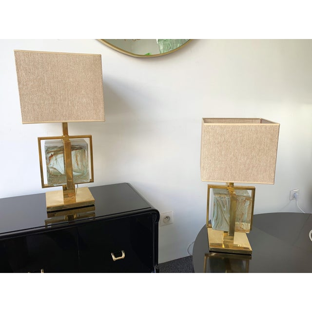 Metal Contemporary Pair of Lamps Brass Cage Murano Glass Cube, Italy For Sale - Image 7 of 11