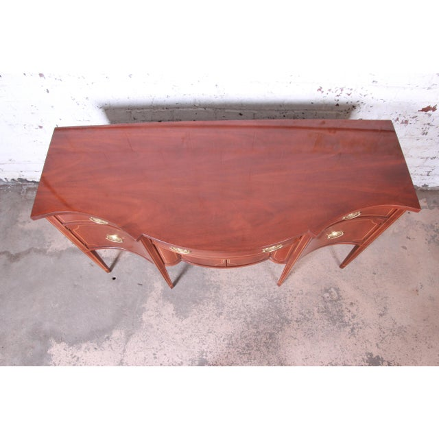 Late 20th Century Baker Furniture Hepplewhite Inlaid Mahogany Bow Front Sideboard Credenza For Sale - Image 5 of 13