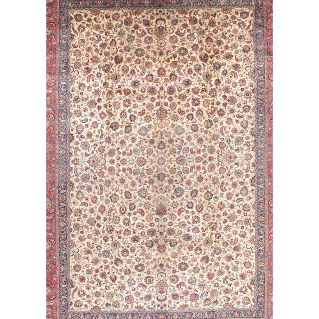 This rugs bring traditional sophistication to your home. 100% premium lamb's wool, hand-knotted into elegant designs,...