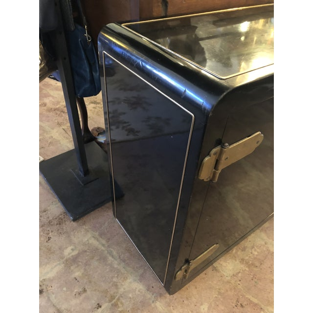Mastercraft Black Lacquer Mastercraft Console Cabinet For Sale - Image 4 of 13