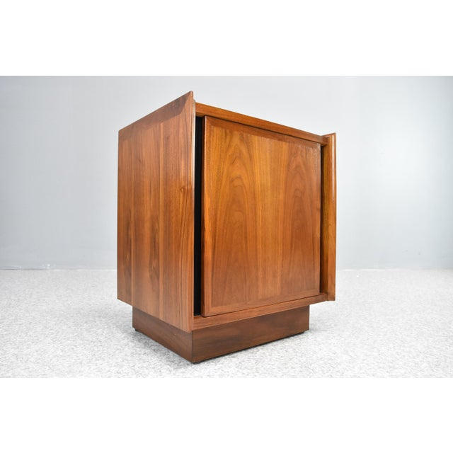 Lacquer Mid-Century Nightstands by Dillingham - a Pair For Sale - Image 7 of 13