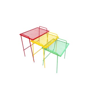 Mid-Century Salterini Metal Nesting Tables || Set of 3 Red, Yellow, Green Indoor/Outdoor Versatile Accent Furniture For Sale
