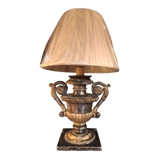 18th Century Pair of Italian Urn Lamps For Sale