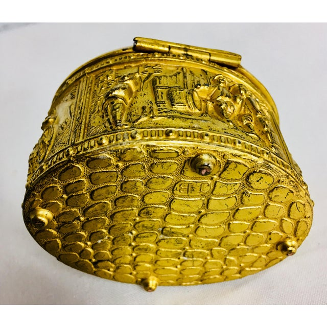 Gold 1900s French Gilded Ring Box For Sale - Image 8 of 9