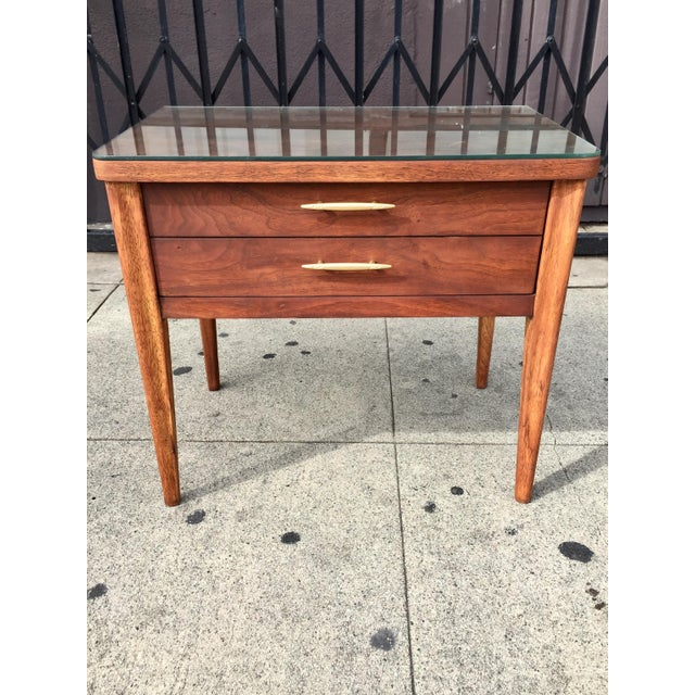 Mid-Century Broyhill End Table - Image 10 of 10