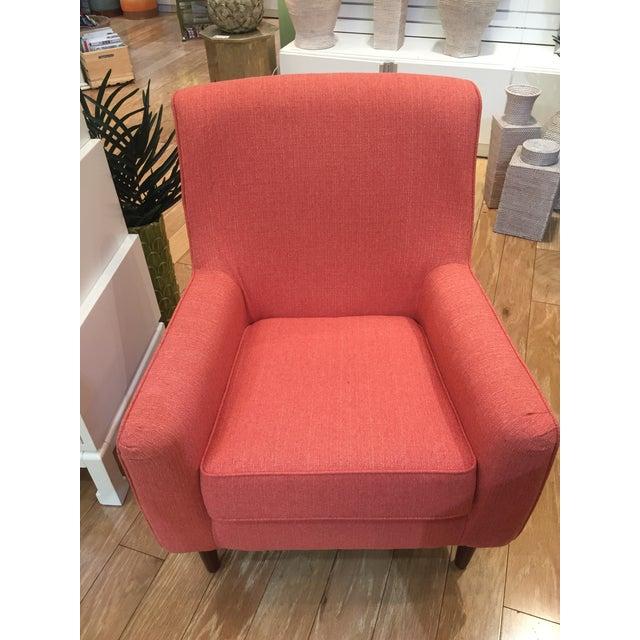 Custom Fabric Accent Chairs.Bassett Jasper Accent Chair In Custom Fabric
