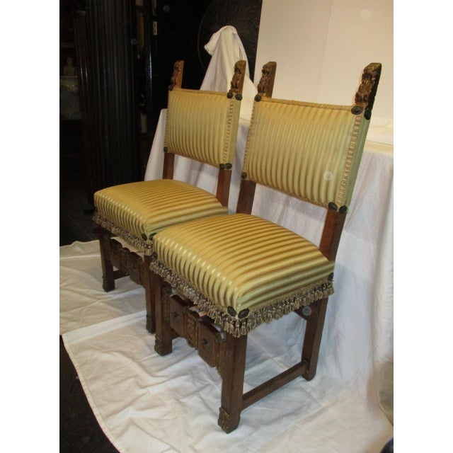 Lovely pair of side chairs in the 17th century style. Early 20th century with recent upholstery in very good shape. Finish...